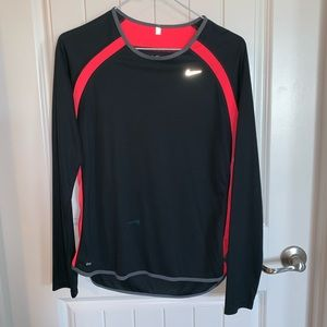 Nike drift long sleeve shirt